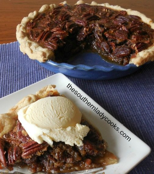 SOUTHERN MAPLE PECAN PIE