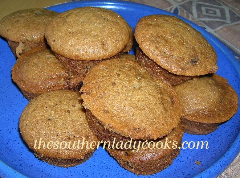 APPLESAUCE MUFFINS | The Southern Lady Cooks