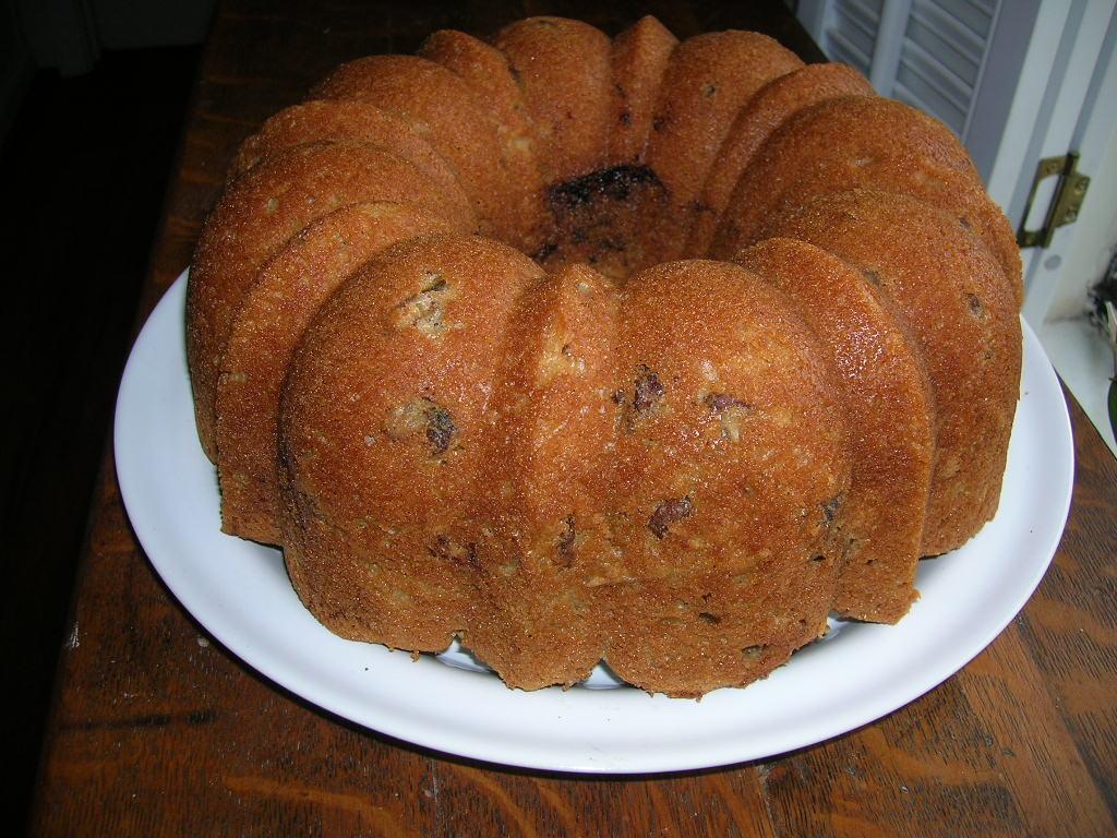 CHOCOLATE CINNAMON SWIRL CAKE