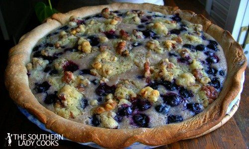 SOUR CREAM BLUEBERRY PIE