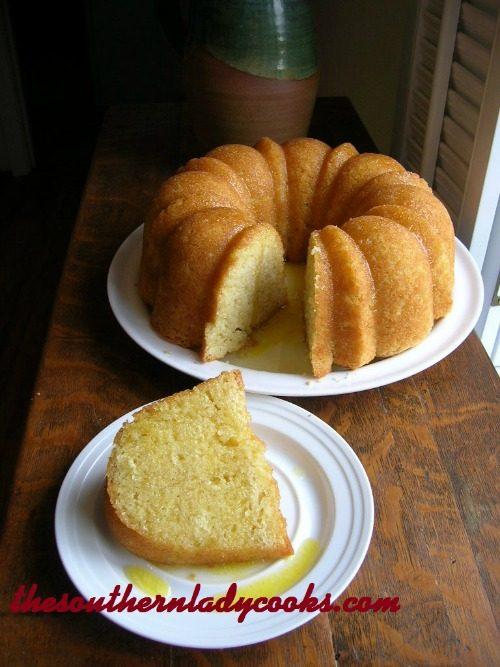 KENTUCKY BUTTER CAKE WITH RUM SAUCE