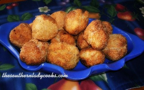 SOUTHERN CORNMEAL HUSHPUPPIES