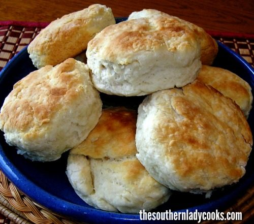 MAMA'S CATHEAD BISCUITS