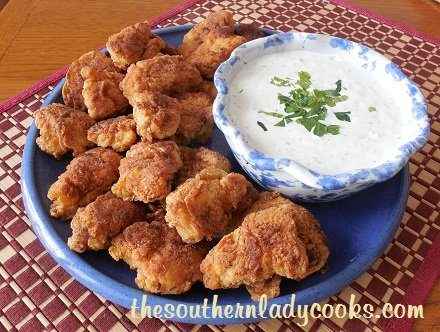 CHICKEN NUGGETS WITH HOMEMADE RANCH DRESSING